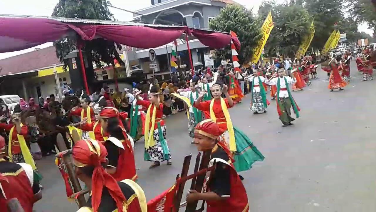 Ramai Kemeriahan Festival Kemerdekaan Indonesia Alun Kroya Kabupaten Cilacap Kab