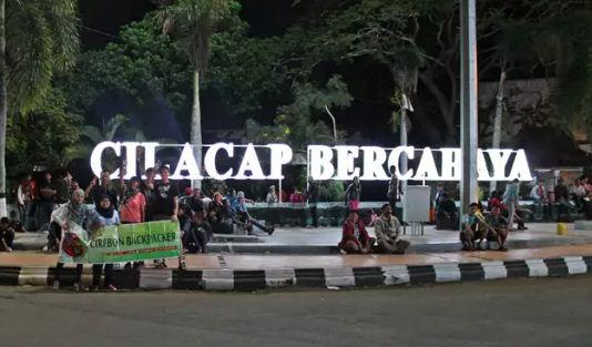 25 Objek Tempat Wisata Cilacap Jawa Tengah Sekitarnya Daerah Alun