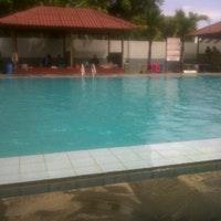 Kolam Renang Banyu Pratama Cilacap Jawa Tengah Photo Anggun 8