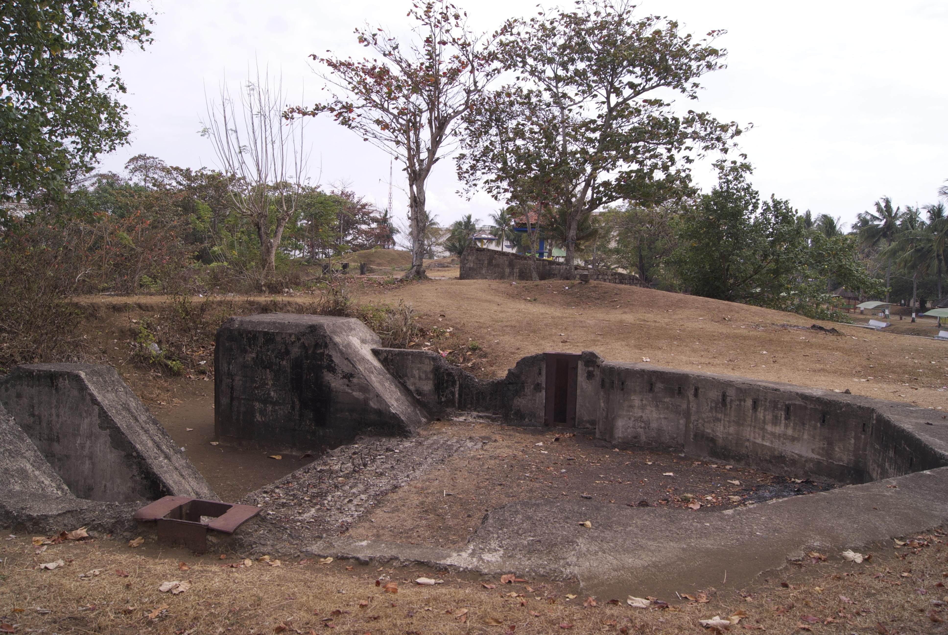 File Benteng Pendem Cilacap Jepang 2 Jpg Wikimedia Commons Kab