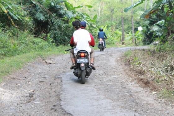 Akses Menuju Lokasi Rusak Lokawisata Kemit Forest Butuh Sentuhan Pihak