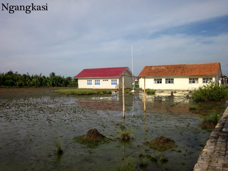 Album Foto Menyusuri Perairan Nusakambangan Menuju Kecamatan Sma 1 Kampung