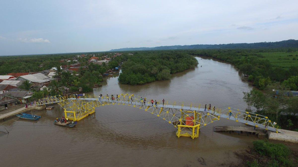 Kementerian Pupr Twitter Jembatan Apung Sepanjang 47 Meter 5 08