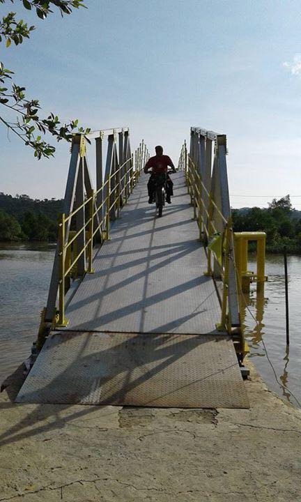 Kementerian Pupr Twitter Jembatan Apung Sepanjang 47 Meter Terletak Kec