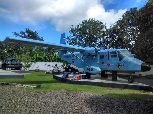 Mengenal Sosok Soesilo Soedarman Museum Pengunjung Disambut Pesawat Tank Rudal