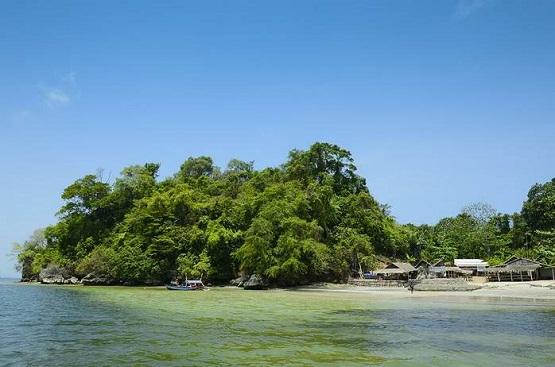 10 Pantai Terindah Cilacap Destinasi Menarik Wisata Nusakambangan Ketapang Indah