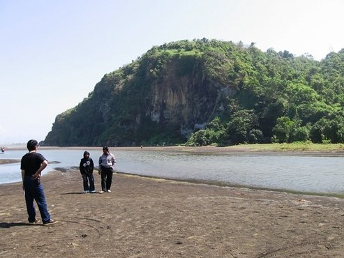 35 Tempat Wisata Cilacap Jawa Tengah Hits Seru Pantai Srindil