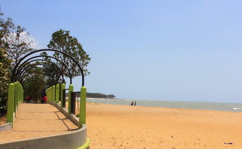 5 Destinasi Wisata Indah Populer Sampang Tips Pantai Nepa Menjadi