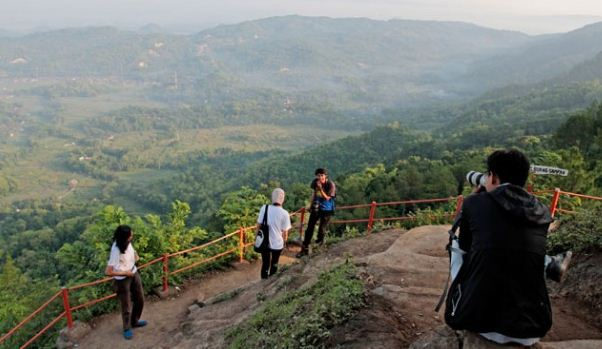 25 Objek Tempat Wisata Cilacap Jawa Tengah Sekitarnya Daerah Gunung