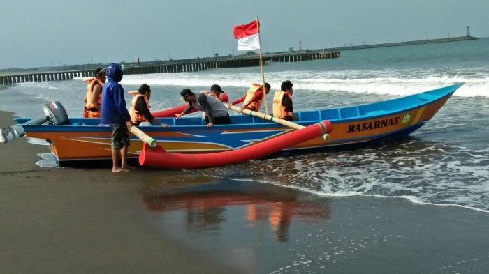 Breaking News Bocah Hilang Terseret Ombak Pantai Sodong Kab Cilacap