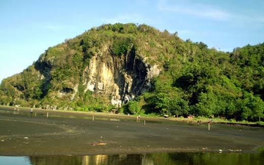 Gunung Selok Objek Wisata Spiritual Sodong Pantai Cilacap Fotografi Adipala