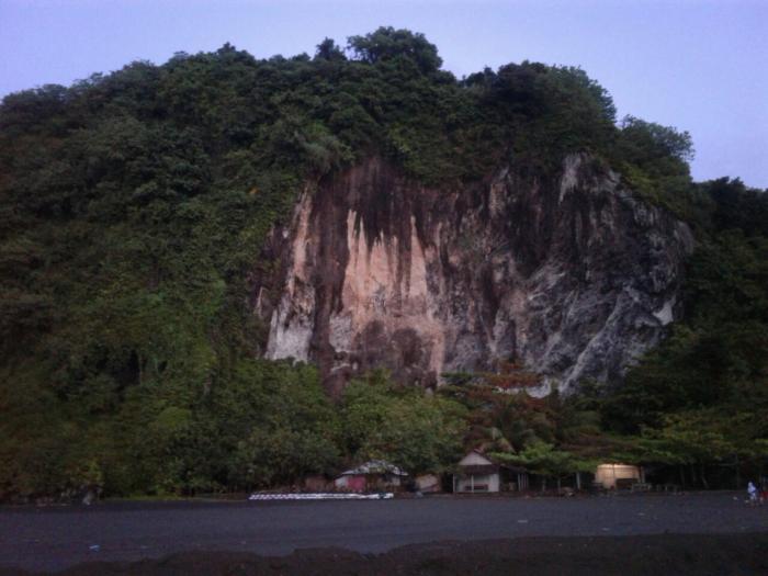 Menyelusuri Keindahan Pantai Sodong Oleh Trie Yas Kompasiana Perbukitan Area