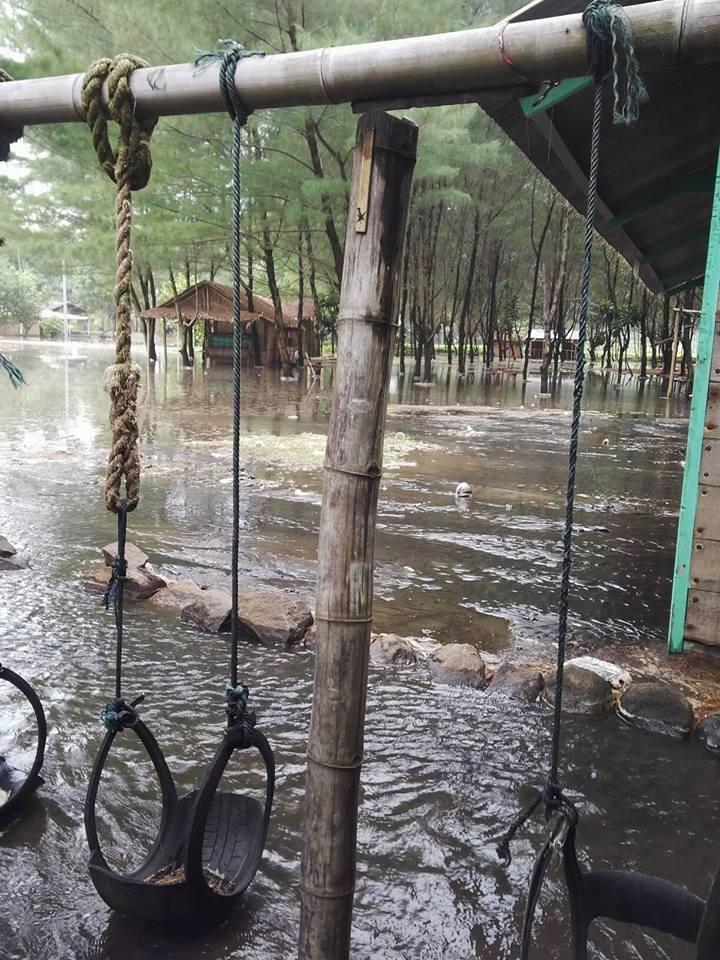 Ombak Besar Cilacap Juni 08 Pantai Sodong 05 Kluban Published