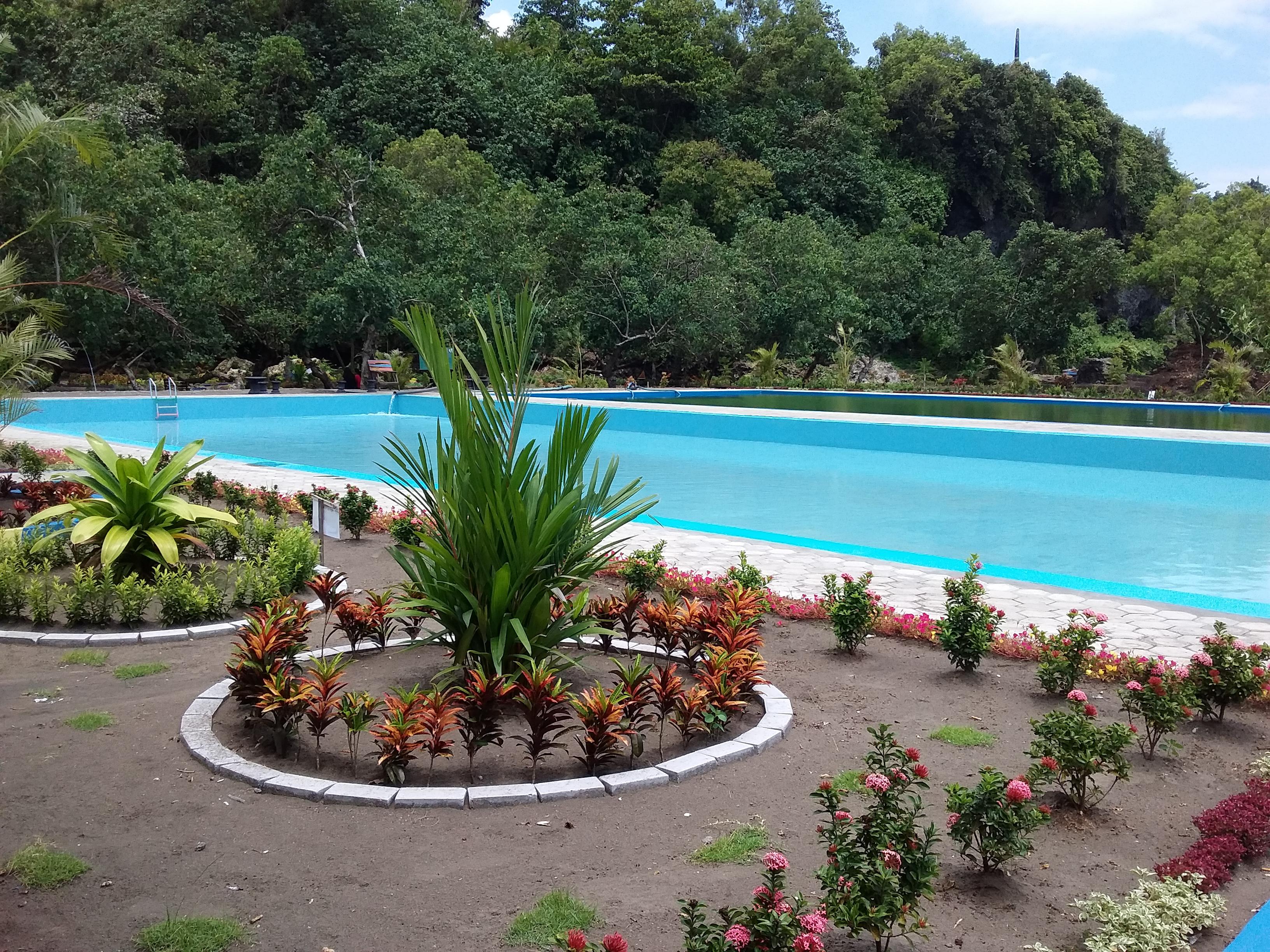 Taman Selfie Kolam Renang Tirta Kencana Lengkapi Wisata Pantai Sodong