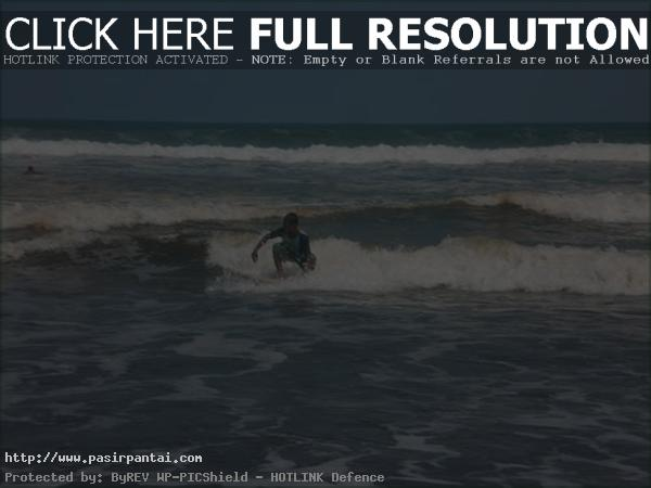 Berselancar Pasirpantai Jawa Tengah Pantai Widarapayung Cilacap Kab