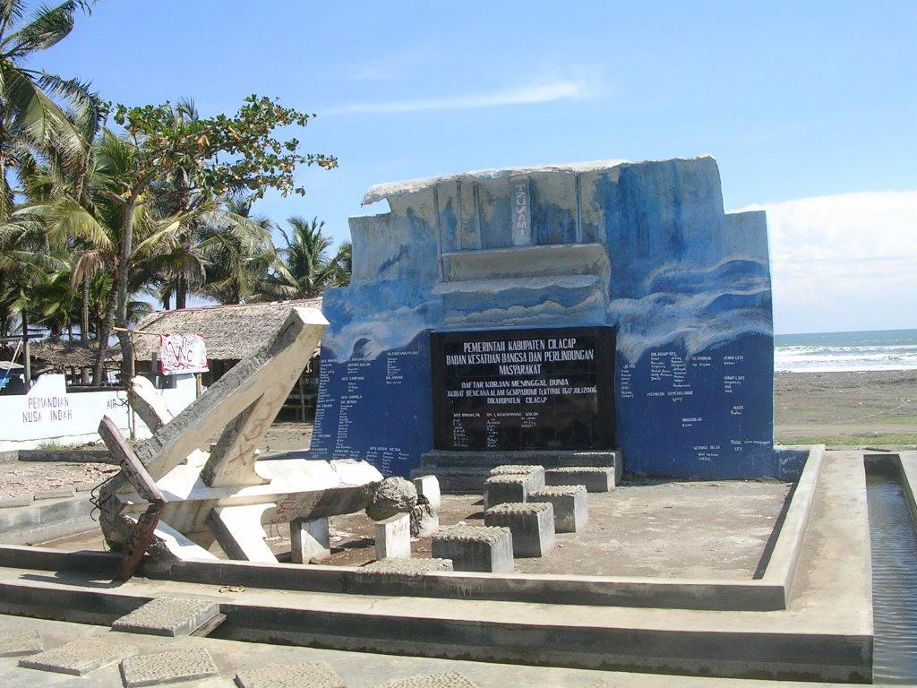 Java Tsunami 2006 Monument Widarapayung Beach Cilacap Binangun Indonesia Pantai