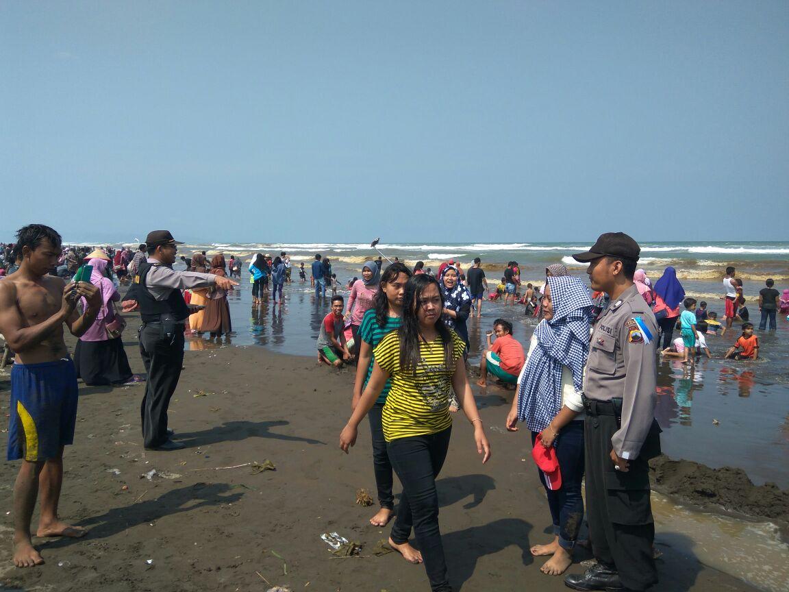 Polsek Binangun Cilacap Ingatkan Pengunjung Wisata Pantai Widarapayung Kab