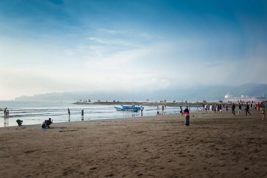 Ayo Wisata Cilacap Pantai Teluk Penyu Terletak Kota Tepatnya Kelurahan