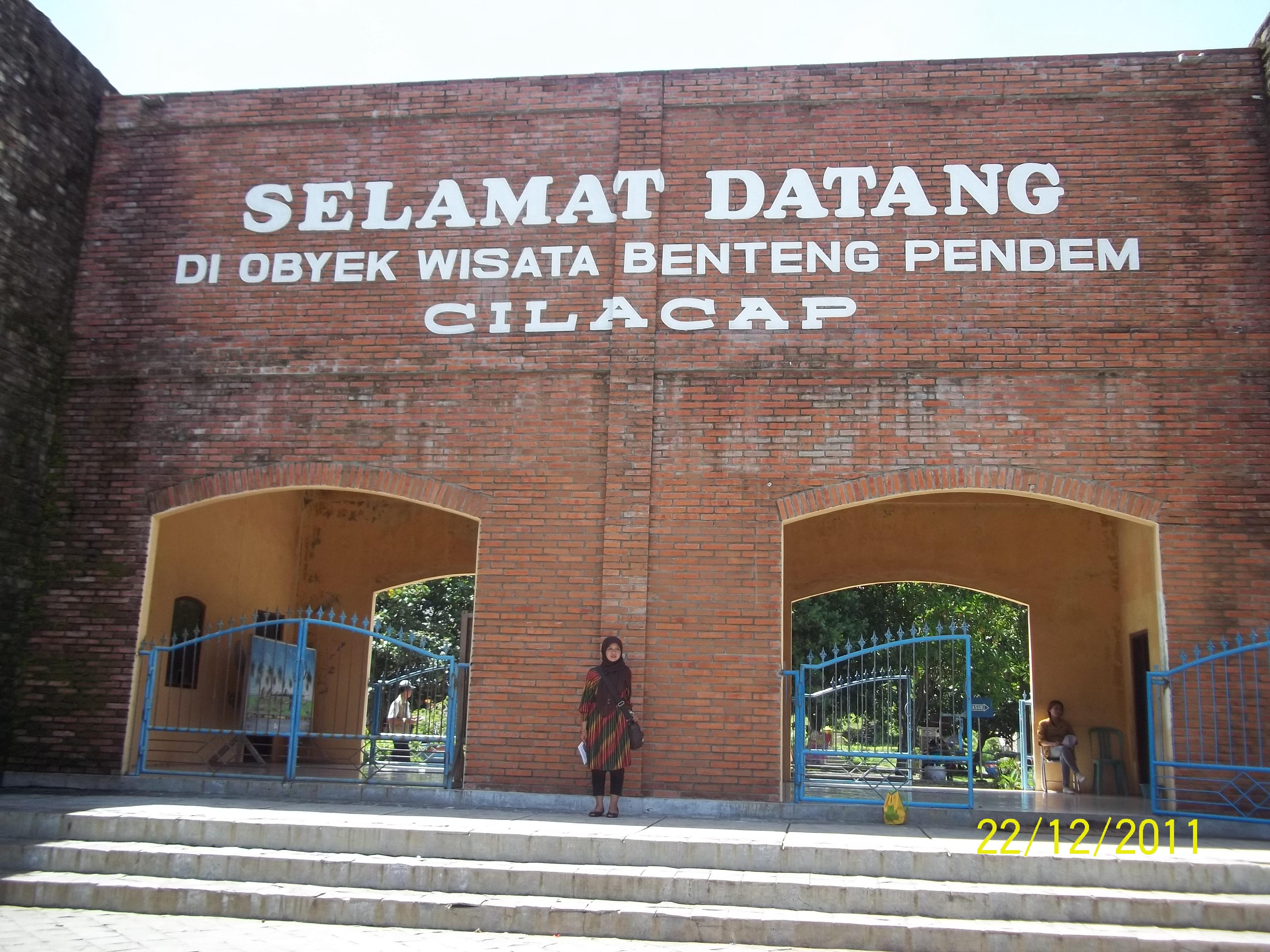Obyek Wisata Cilacap Bugurusiti Advertisements Teluk Penyu Kab