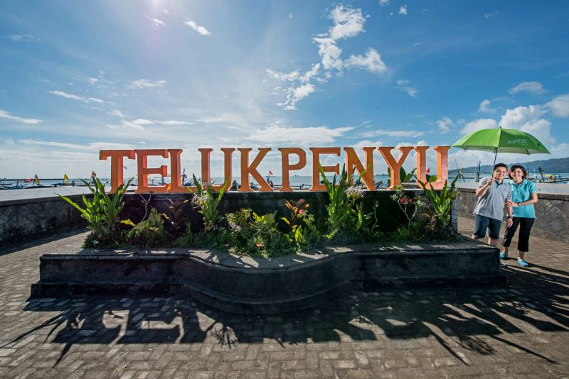 Pantai Teluk Penyu Kab Cilacap