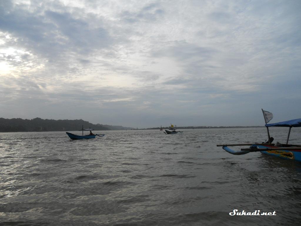Pantai Teluk Penyu Kabupaten Cilacap Sukadi Net Mungkin Waktunya Kurang