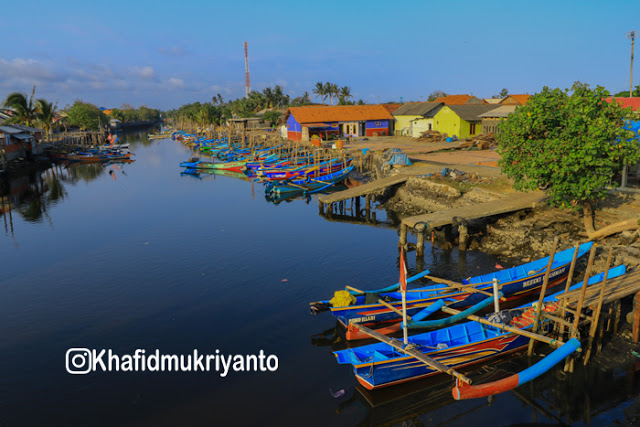 Pantai Teluk Penyu Obyek Wisata Kabupaten Cilacap Khafid Mukriyanto Kab