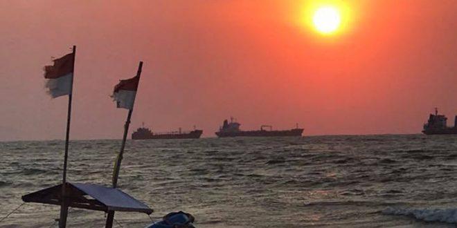 Pesona Indah Pantai Teluk Penyu Cilacap Portal Berita Pandji Indonesia