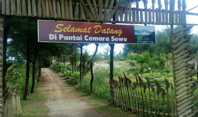 35 Tempat Wisata Cilacap Jawa Tengah Hits Seru Pantai Cemara