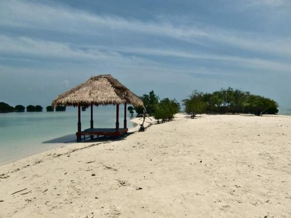 Tempat Wisata Cilacap Wajib Dikunjungi Fjj Pantai Karang Pandan Sebagai