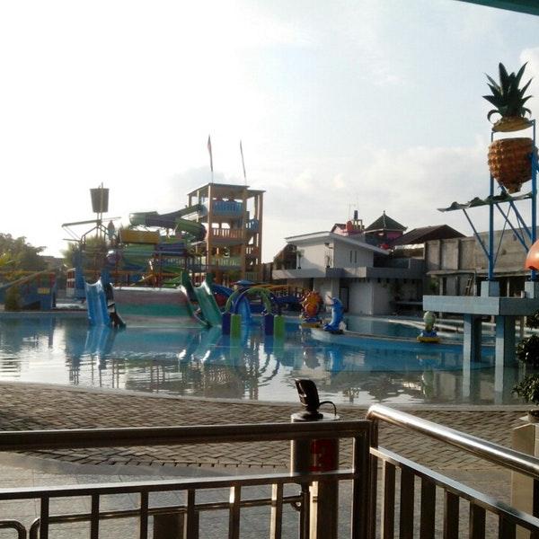 Waterboom Tirta Mas Indah Pool Waterpark Kab Cilacap
