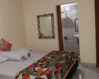 Pondok Tulasi Bed Breakfast Gianyar Triple Room 350 Bali Safari