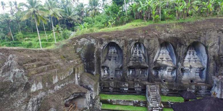 Candi Gunung Kawi Gianyar Bikin Wisatawan Penasaran Kompas Desa Tampaksiring