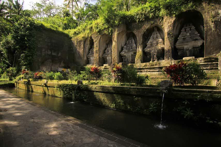 Candi Tebing Gunung Kawi Unik Gianyar Bali Kamera Budaya Sisi