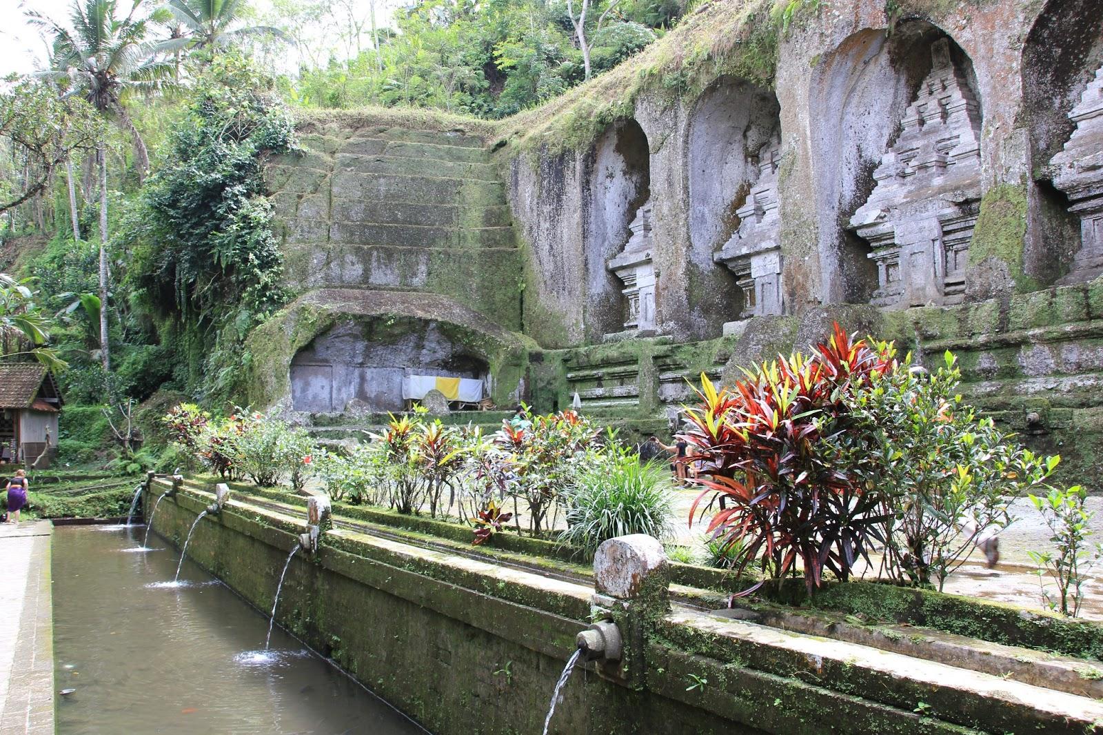 Gunung Kawi Sebatu Paket Tour Murah Bali Ydc Tour6 Candi