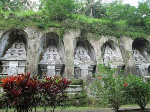 Objek Wisata Pura Gunung Kawi Kabupaten Gianyar Bali Mentari Candi