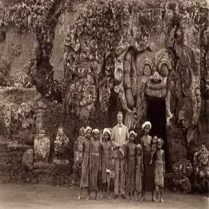 99 Tempat Wisata Ubud Bali Terfavorit Menarik Pura Goa Gajah