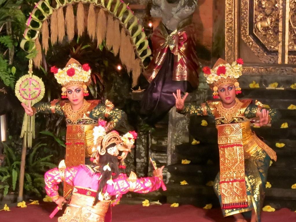Bali Top 10 Ubud Tour Mount Bromo Sacred Monkey Forest