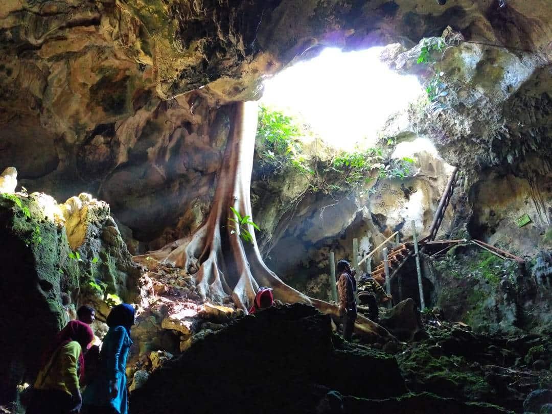Goa Gajah Melihat Cahaya Surga Beepdo Tuguwisata Kab Gianyar