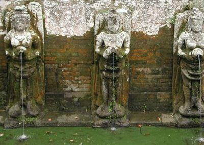 Pura Goa Gajah Badahulu Gianyar Bali 03 Kab