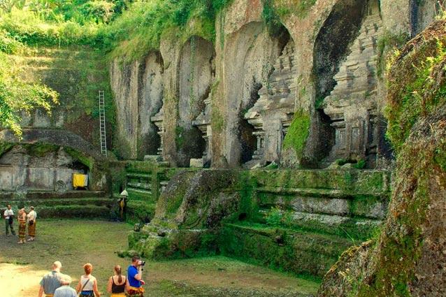 Travel 101 Top 13 Destinations Ubud Bali Indonesian Food Elephant