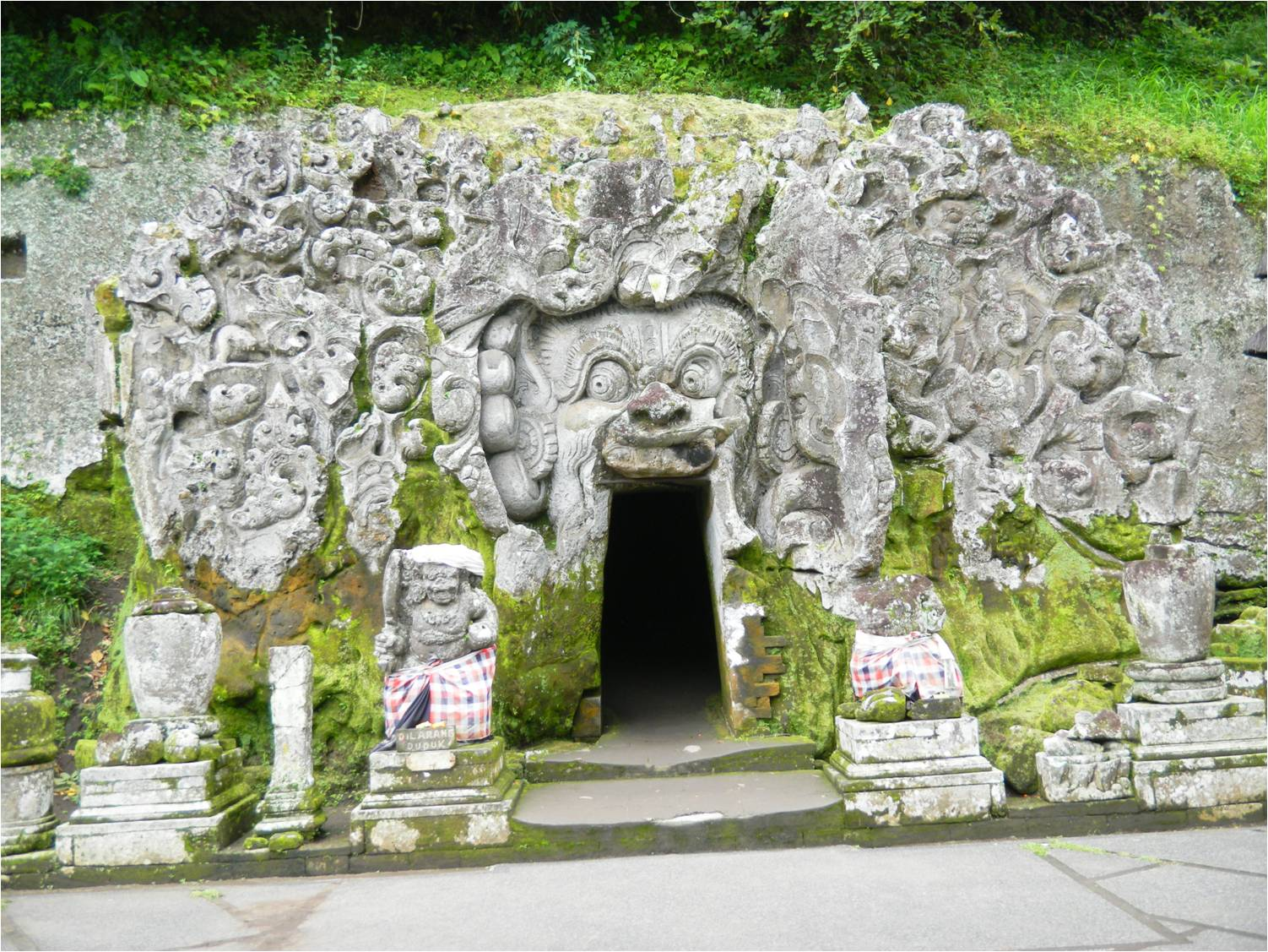 Wisata Gua Destinasi Pariwisata Indonesia Tiket Masuk Goa Gajah Bali