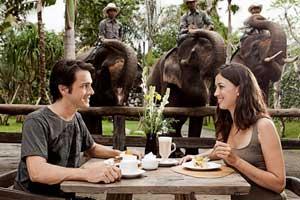 Freestyle Bali Wisata Zoo Park Restaurant Disediakan Areal Kebun Binatang