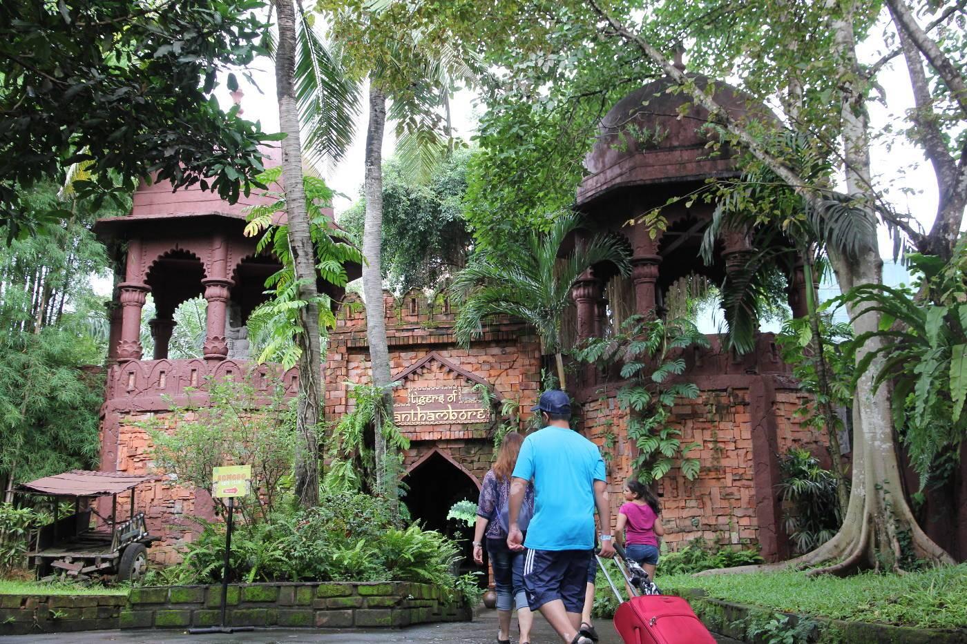 Homepage Mara River Lodge Exhibit Bali Safari Marine Park Kebun