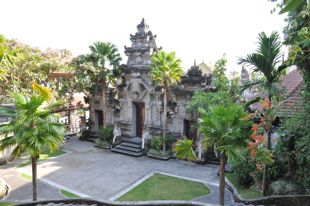 Ready Eclectic Bali Vacation Booking Puri Lukisan Museum Indonesia Kab