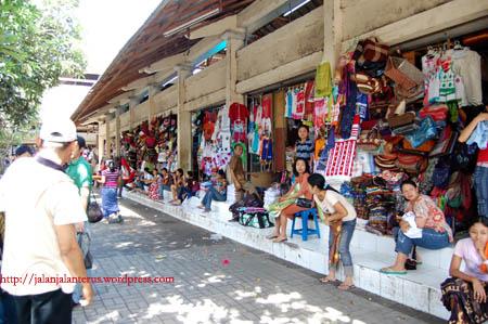 Objek Wisata Pulau Dewata Gianyar Pasar Seni Sukawati Kab
