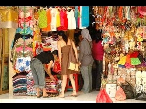 Pasar Seni Sukawati Cheap Handycraft Shopping Tourism Destination Bali Indonesia
