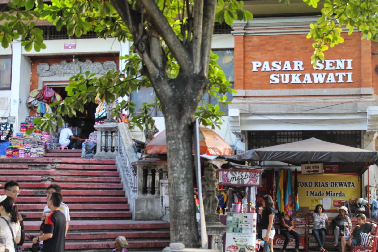 Pasar Seni Sukawati Enjoy Bali Travel Kab Gianyar
