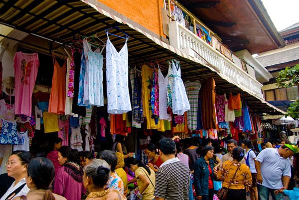 Sukawati Gianyar Pasar Seni Terletak Desa Kecamatan Kabupaten 18 Km