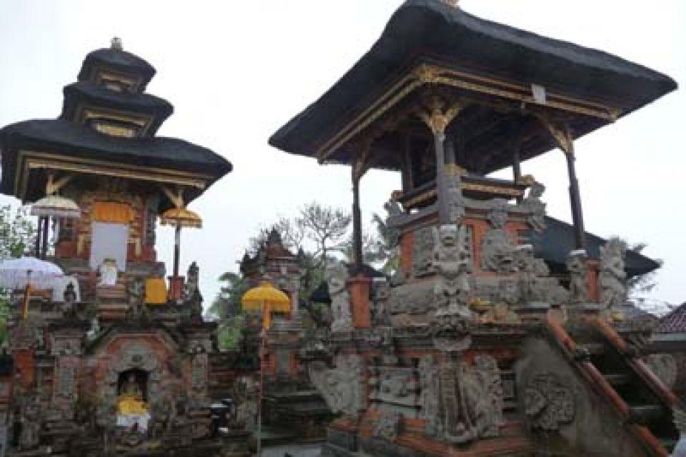Pura Dang Kayangan Warisan Hyang Dwijendra Dharmopadesa Puseh Desa Batuan
