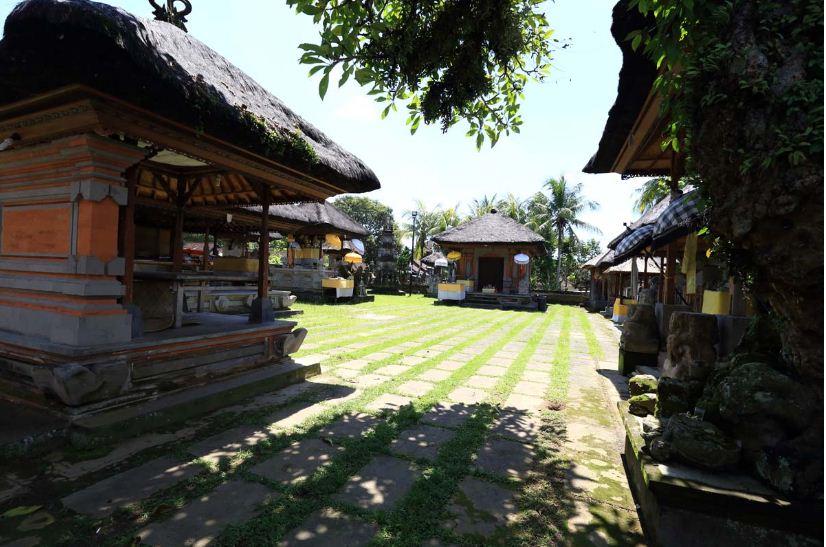 Pura Kebo Edan Gianyar Bersejarah Menyimpan Beragam 3 Puseh Desa
